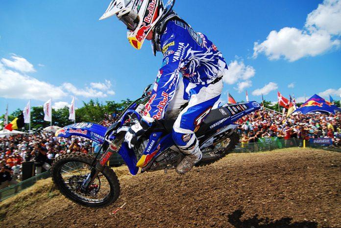 motocross tony cairoli foto